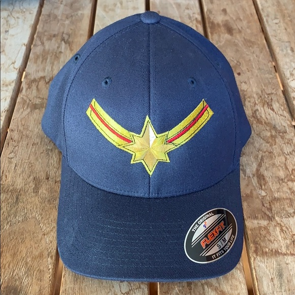 c818115f3a8   CAPTAIN AMERICA embroidered unisex hat